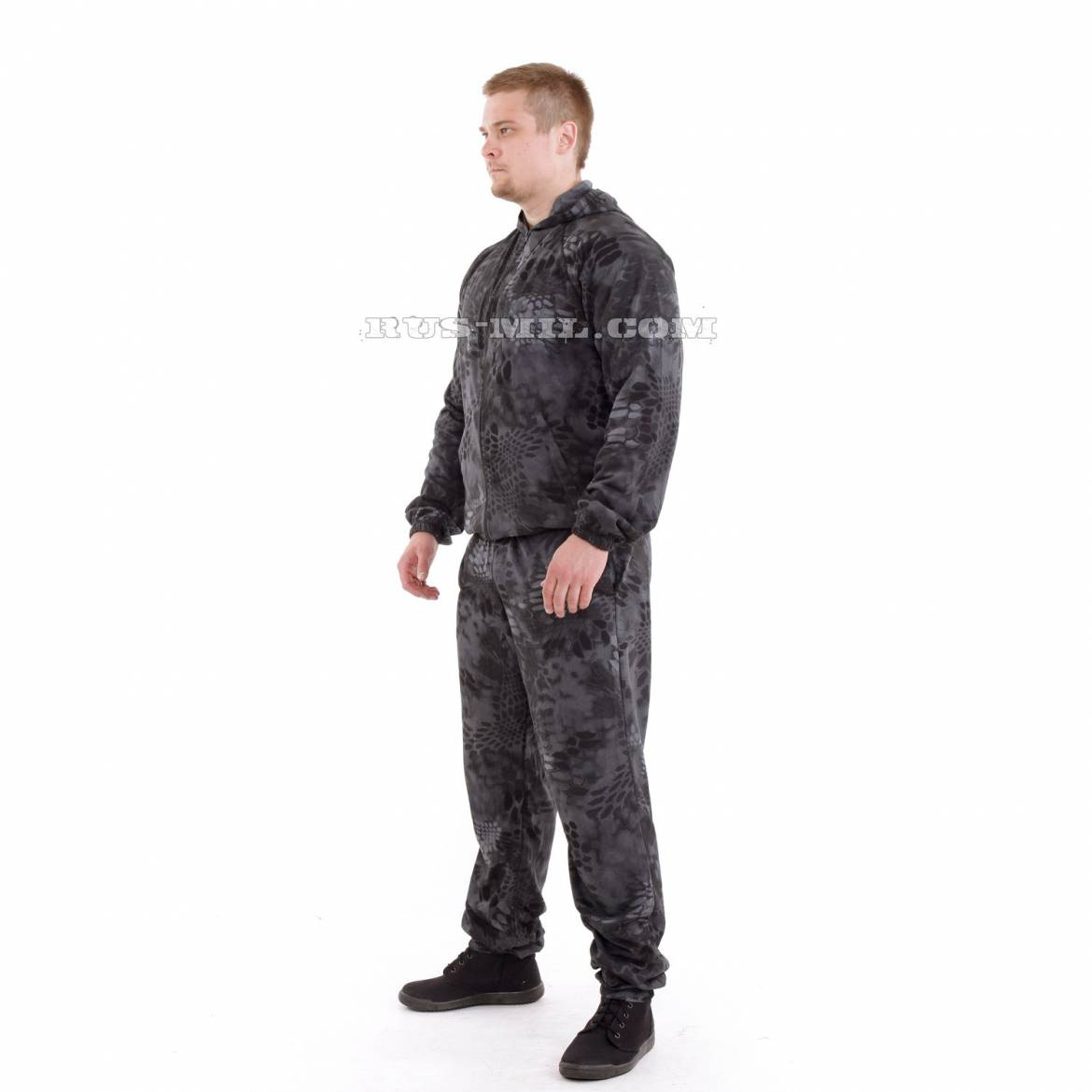 knitted-Suit-in-22Typhon22-Colour-Russia.jpg